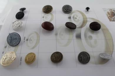 Полиестерни копчета