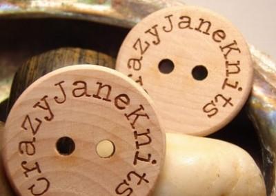 Дървени-копчета2-min