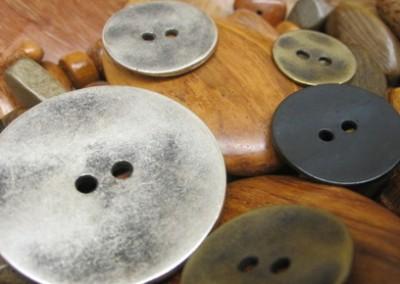 Метализирани-копчета-1
